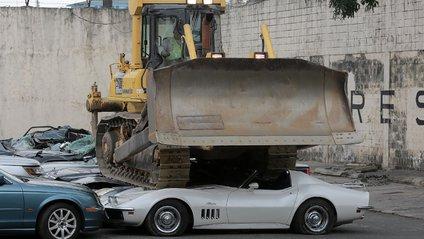 Знищення спорткарі - фото 1
