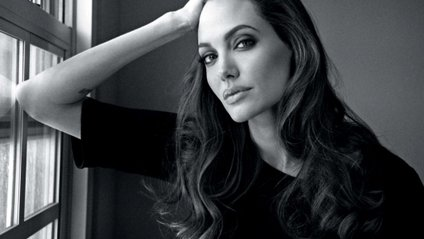 Джолі побачили на вулицях Лос-Анджелеса - фото 1