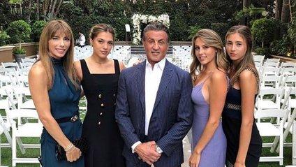 Сталлоне поділився милим знімком з родиною - фото 1