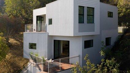 Ідеальний дім на схилі у Лос-Анджелесі - фото 1