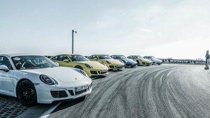 Всі автомобілі мають індивідуальний інтер'єр - фото 1