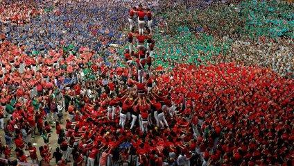 """Традиція """"людських веж""""офіційно не пов'язана з політичним рухом - фото 1"""