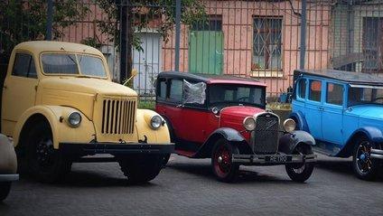 УралЗІС-355М випускалина Уральському автомобільному заводі - фото 1