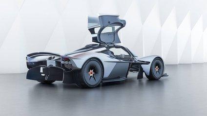 Aston Martin Valkyrie вразить своєю потужністю - фото 1