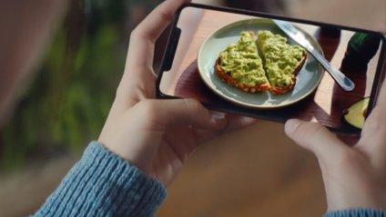 Нова реклама IPhone XS - фото 1