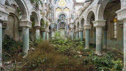 Залишені будівлі світу, у яких вирує життя - фото 1