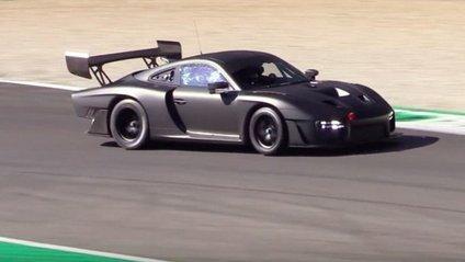 Новий спорткар Porsche 935 - фото 1