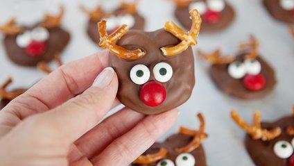 Однак, їсти занадто багато шоколаду небезпечно для того ж серця - фото 1