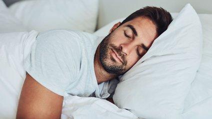 Перед сном варто одягати вовняну піжаму - фото 1
