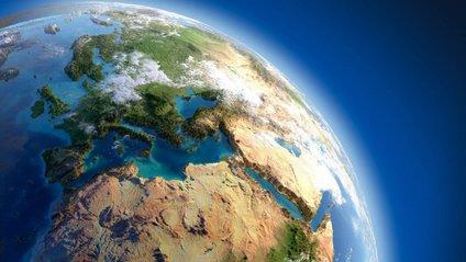 Можемо насолодитися незвичними фото Землі - фото 1