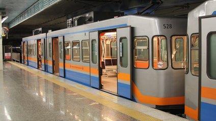 У стамбульському метро з'явився альтернативний варіант оплати проїзду - фото 1