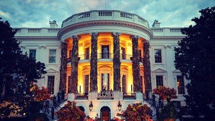 Білий дім прикрасили до Хелловіну - фото 1