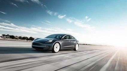 Tesla наростила виробництво автомобілів - фото 1