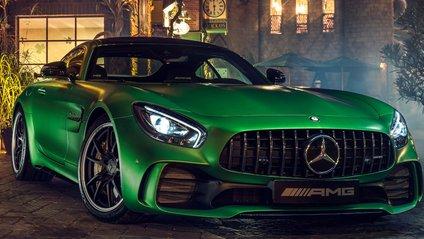 Новий Mercedes-Benz проїхав повільніше за Porsche - фото 1
