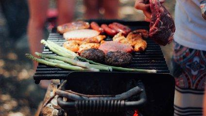 Червоне м'ясо: користь, шкода та як правильно їсти - фото 1