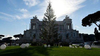 Дерево заввишки більше 20 метрів буде прикрашено 60 тисячами світлодіодів - фото 1