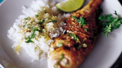 Споживання жирних кислот, які є в рибі, підтримає бар'єрні функції шкіри - фото 1