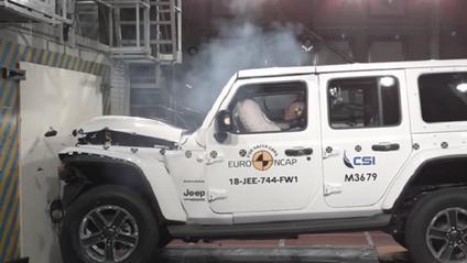 Краш-тест Jeep Wrangle - фото 1