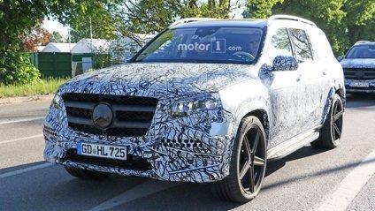 Кросовер Mercedes-Benz GLS - фото 1