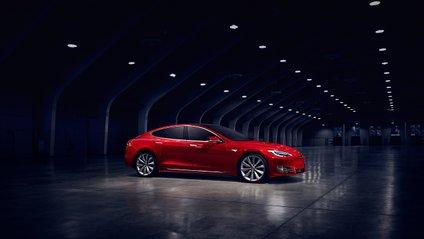 У Tesla з'явилися несподівані звуки - фото 1