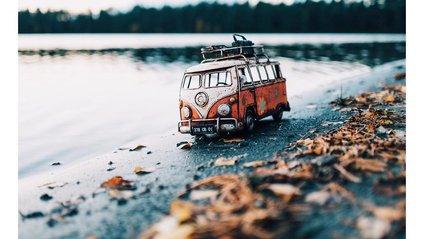 Мініатюрні авто у фото Кім Леенбергер - фото 1