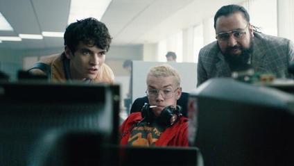Чорне дзеркало: Bandersnatch, дивитись трейлер фільму онлайн - фото 1