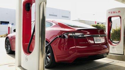 Чудова новина для власників Tesla в Україні - фото 1