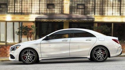 Mercedes CLA отримає світлодіодні денні ходові вогні уформі бумеранга - фото 1
