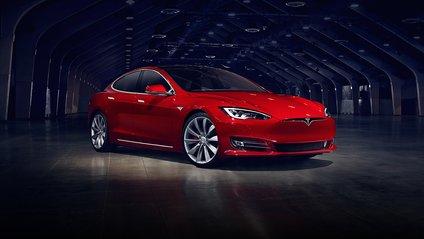 Яка з моделей Tesla виявилася швидшою? - фото 1
