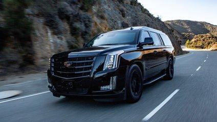 Над броньованим Cadillac Escalade працювала компанія AddArmor - фото 1