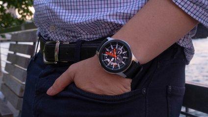 Samsung покаже не лише смарт-годинник, а й навушники - фото 1