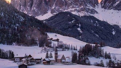 Доломітові Альпи взимку - фото 1