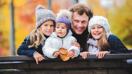 У Андрія і його дружини Юлії вже є троє дівчаток - фото 1