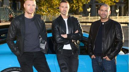 Ведучий Top Gear не впорався з керуванням на мокрій дорозі - фото 1