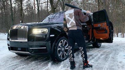 Rolls-Royce Сullinan помітили в Києві - фото 1