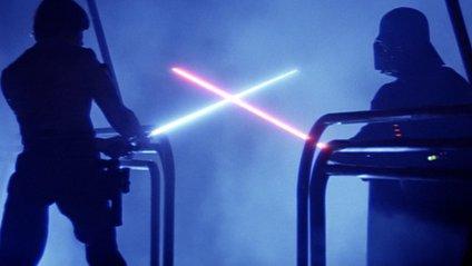 Дуелі на світлових мечах – офіційний спорт - фото 1