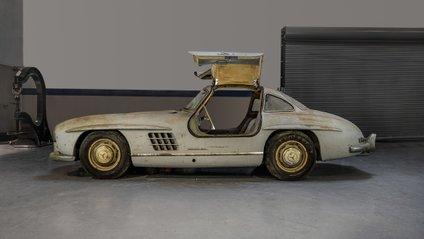 Старенький Mercedes простояв у гаражі 60 років - фото 1