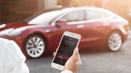Як Tesla паркується самостійно - фото 1
