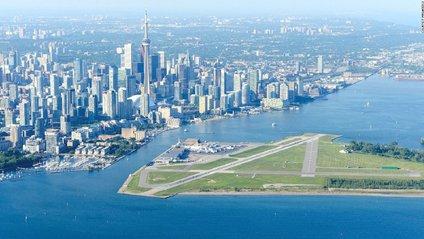 Аеропорт Біллі Бішопа, Торонто Сіті, Канада - фото 1