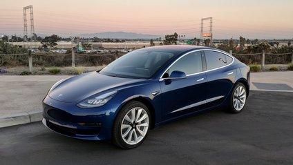 Чи зуміє Tesla Model 3 обійти конкурентів - фото 1