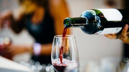 Науковці розповіли, що придушує бажання вживати спиртні напої - фото 1