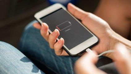 Аналітики звинувачують Apple і HTC у завищенні показників автономності - фото 1