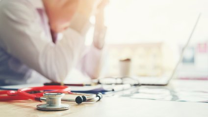 Лікарі рекомендують слідкувати за своїм здоров'ям - фото 1