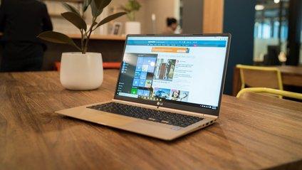 ТОП-5 найкращих ноутбуків з потужними батареями - фото 1