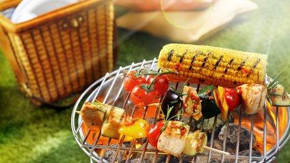 Які продукти не варто брати з собою на пікнік - фото 1