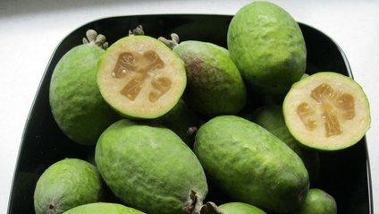 Плоди фейхоа містять велику кількість йоду - фото 1