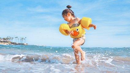 Плавання на повний шлунок не викликає судом - фото 1