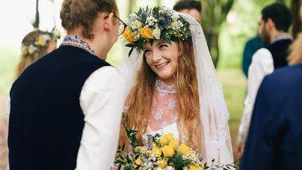 Британці одружились у лісі - фото 1