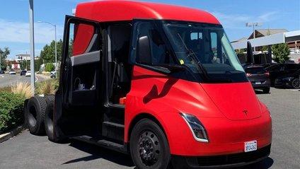 Tesla Semi - фото 1