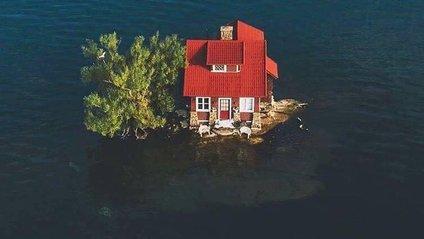 Островів з одним будинком на річці Святого Лаврентія - фото 1